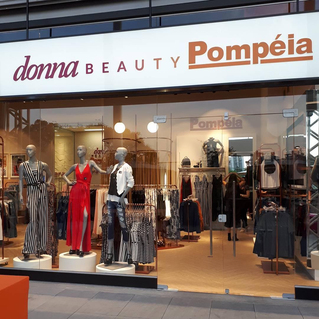 Moda beleza caf e a redao da Revista Donna simhellip