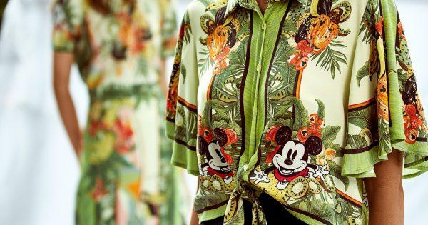 Mickey e Minnie no verão da Colcci